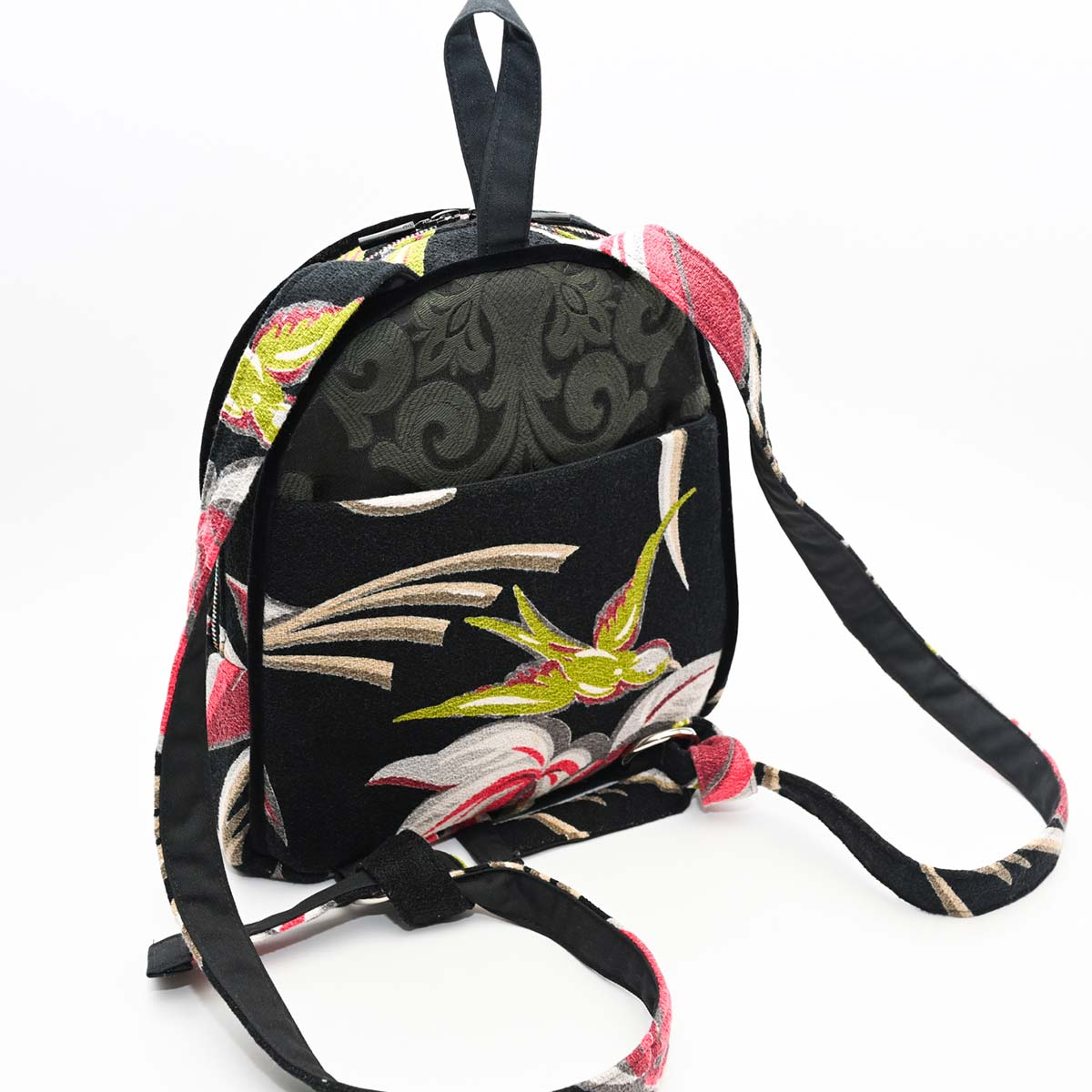 backpack palm bird motif pn black DSC 6423