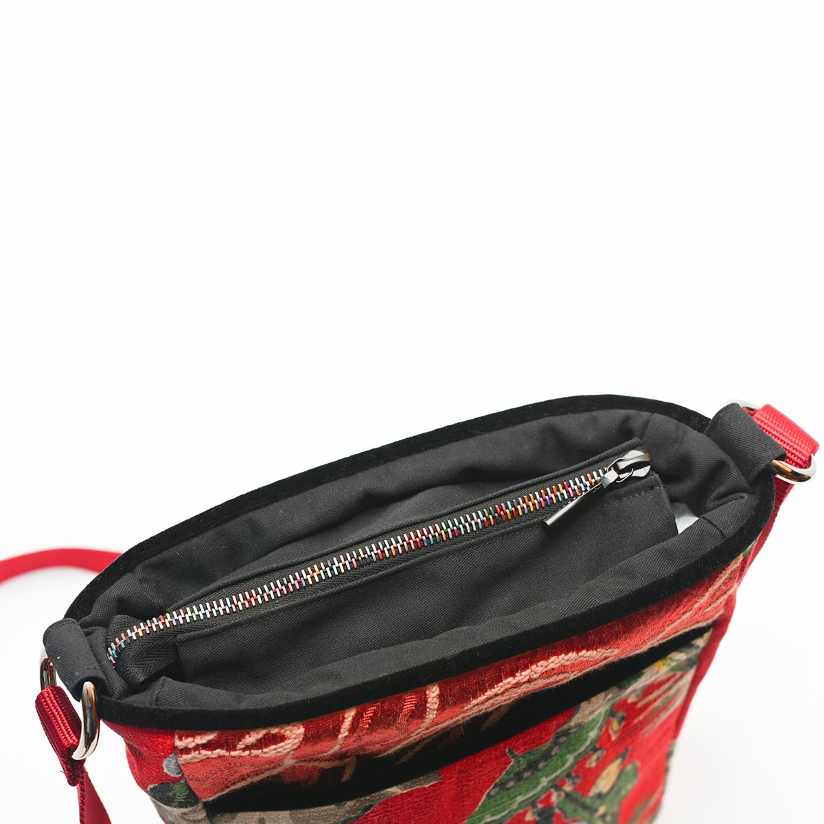 crossbody bag asian motif on cherry red DSC 6531