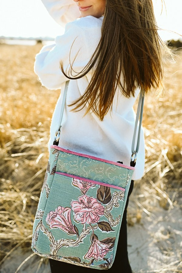 crossbody bag floral motif on seafoam