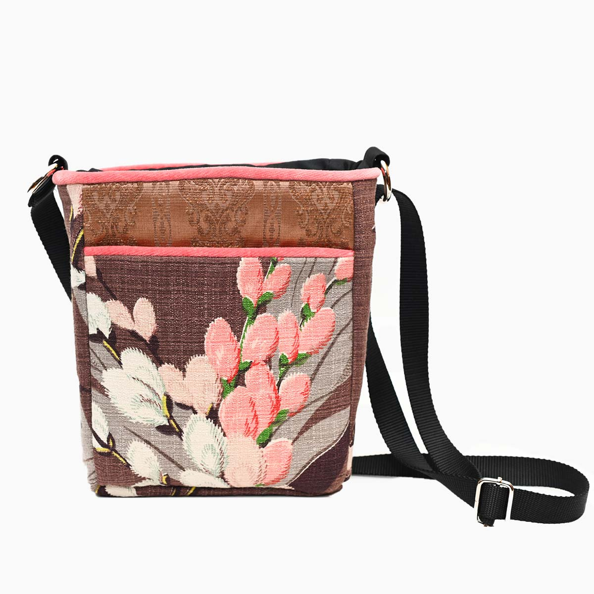 crossbody bag pussywillows on caramel