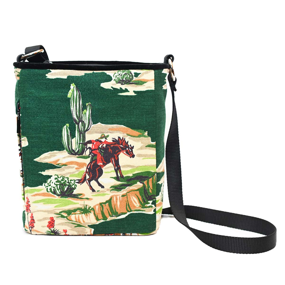 crossbody bag western motif on green DSC 6569