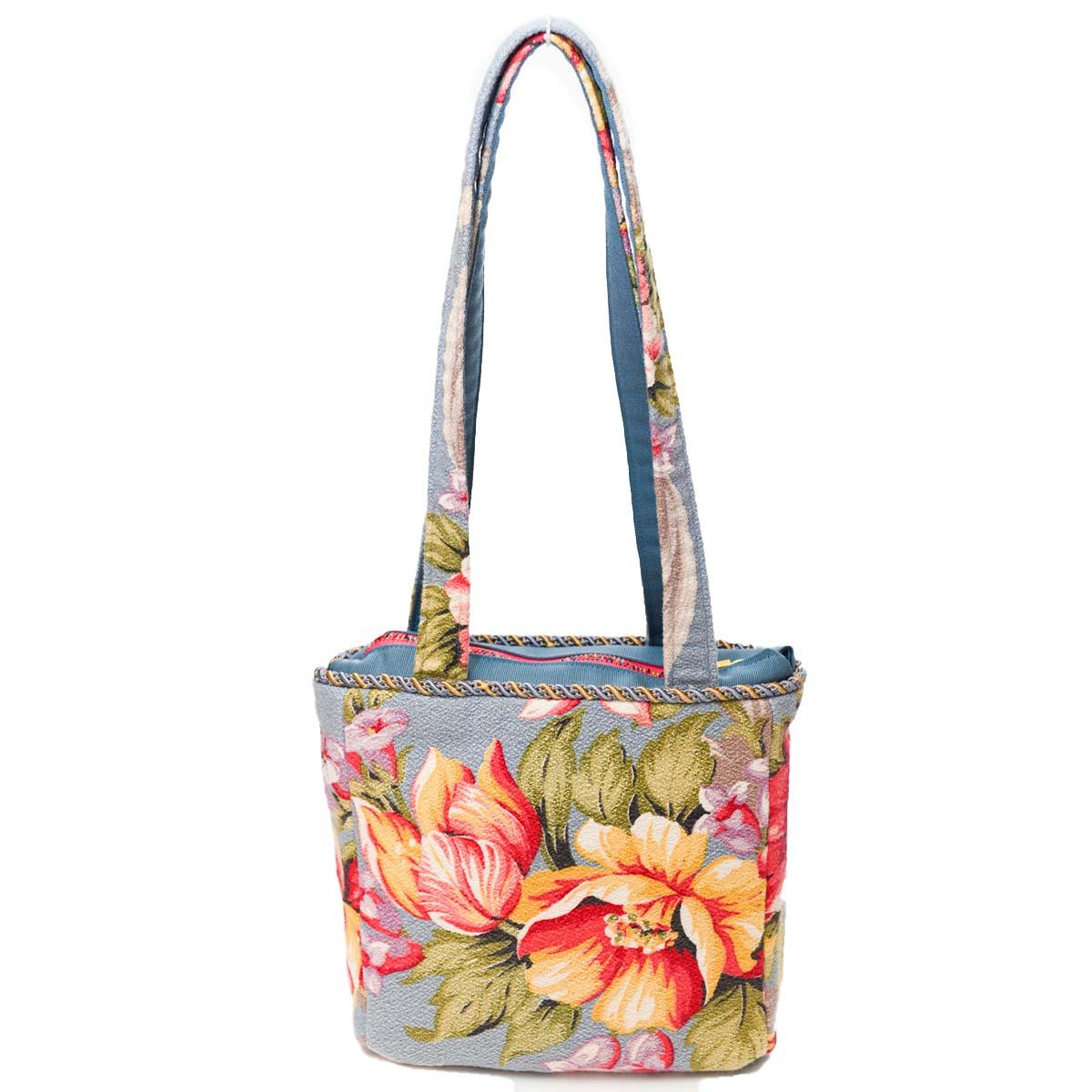 med square handbeaded spring floral on blue DSC 6637