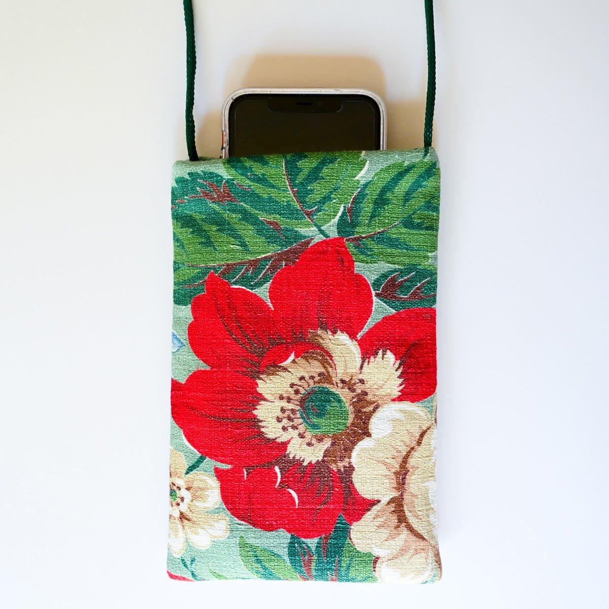 Cell phone Bag Floral Motif on Green