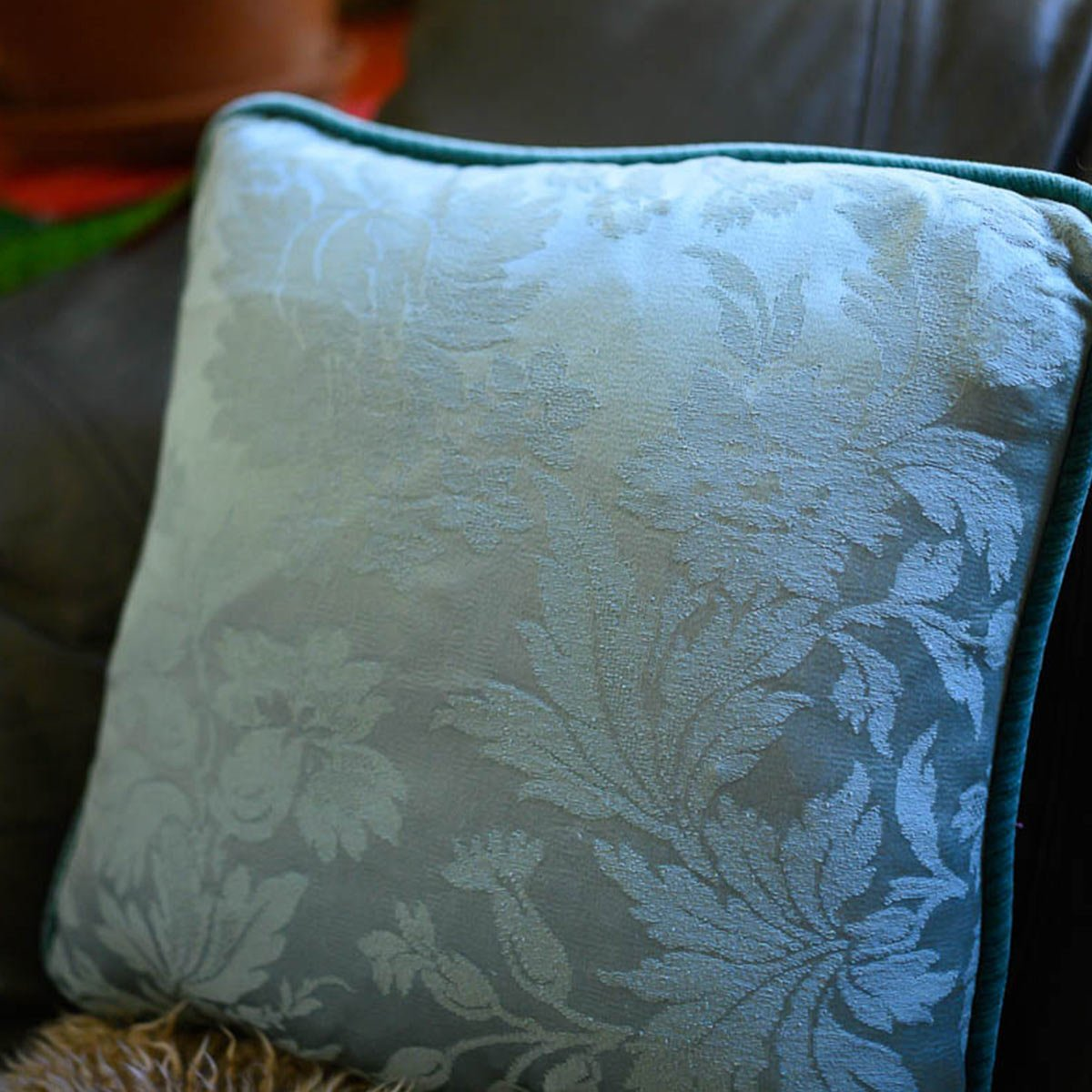pair_of_pillows_15_square_fly_on_seafoam-MLP_6275