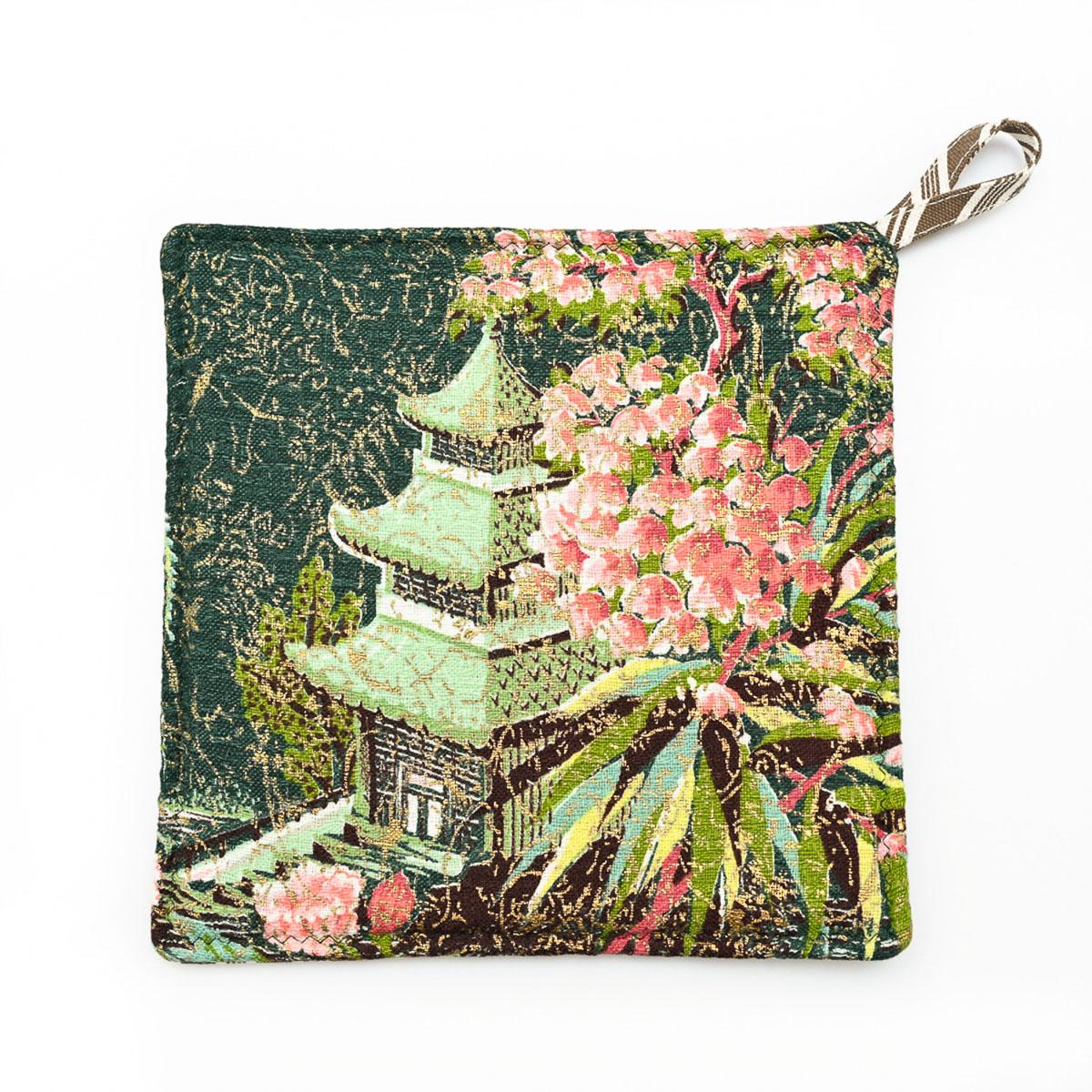 Pagoda Potholders
